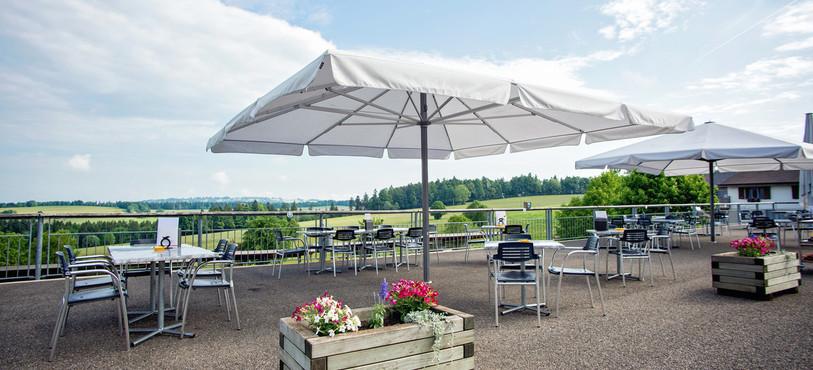 La terrasse de l'auberge du Roselet, lauréate du concours