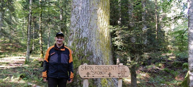 Gaël Dichamp, le garde forestier des Verrières devant Skobov