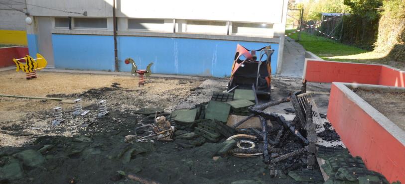 La place de jeux du collège de Vauvilliers à Boudry a été presque entièrement détruite
