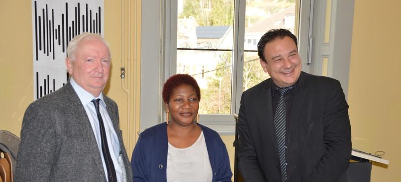 Assamoi Rose Lièvre de l'association Coeur d'Afrique lors de la remise du prix Salut l'étranger.