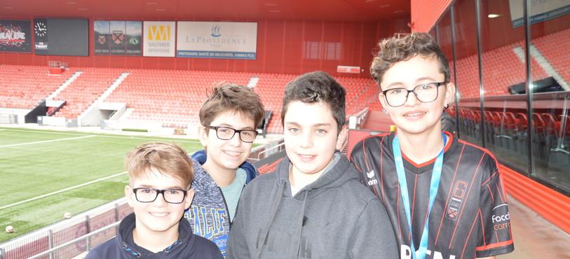 De gauche à droite: Ludovic, Damien, Gabriel et Julien.