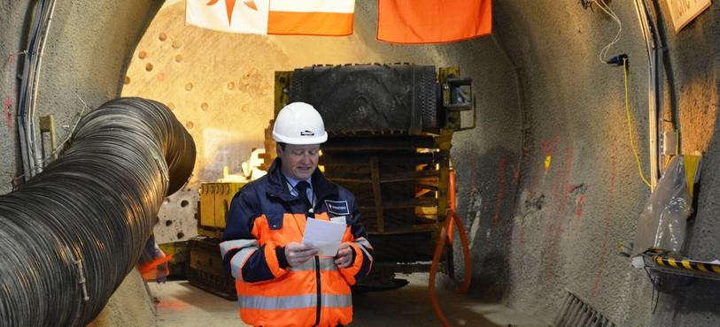 Fridolin Wicki, directeur de swisstopo , présente les opérations d'extension