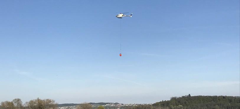 Deux hélicoptères ont été appelés en renfort.