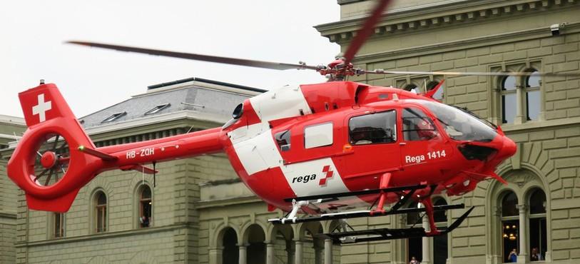 Airbus H-145 devant le Palais Fédéral à Berne