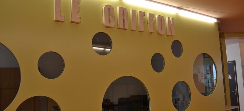 Le Griffon encadrent les enfants en dehors des heures d'école