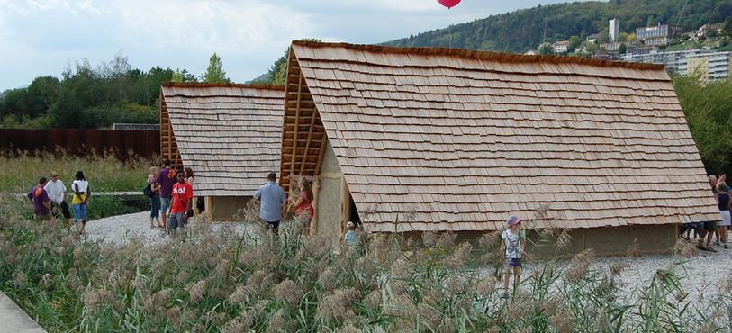 Maisons néolithiques au Laténium