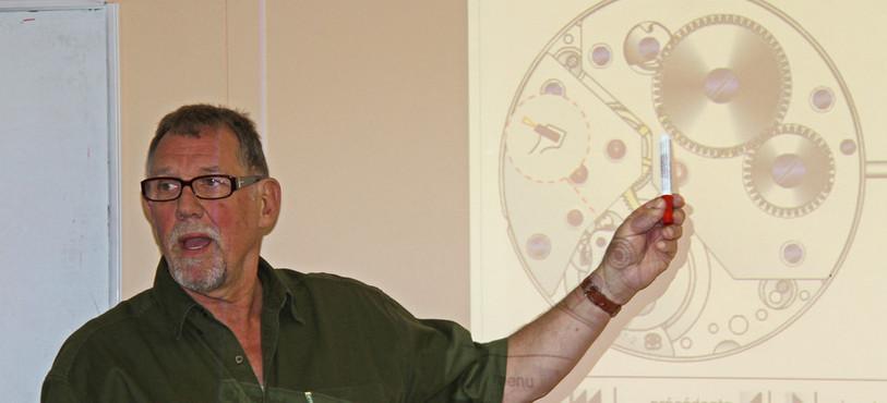 Jean-Hugues Walther enseigne au Centre de formation en horlogerie qu'il a créé il y a 15 ans