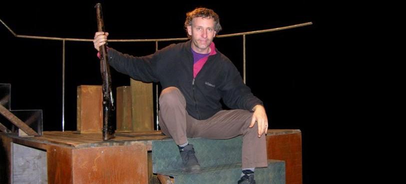 Patrick Mohr dans le décor