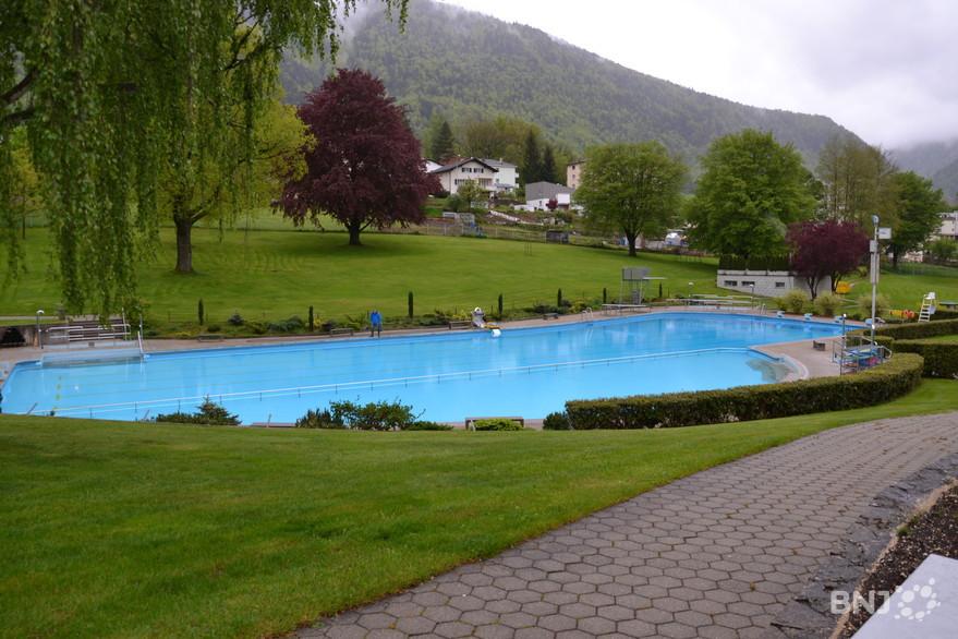 La piscine de moutier attend les baigneurs rfj votre for Piscine municipale ales