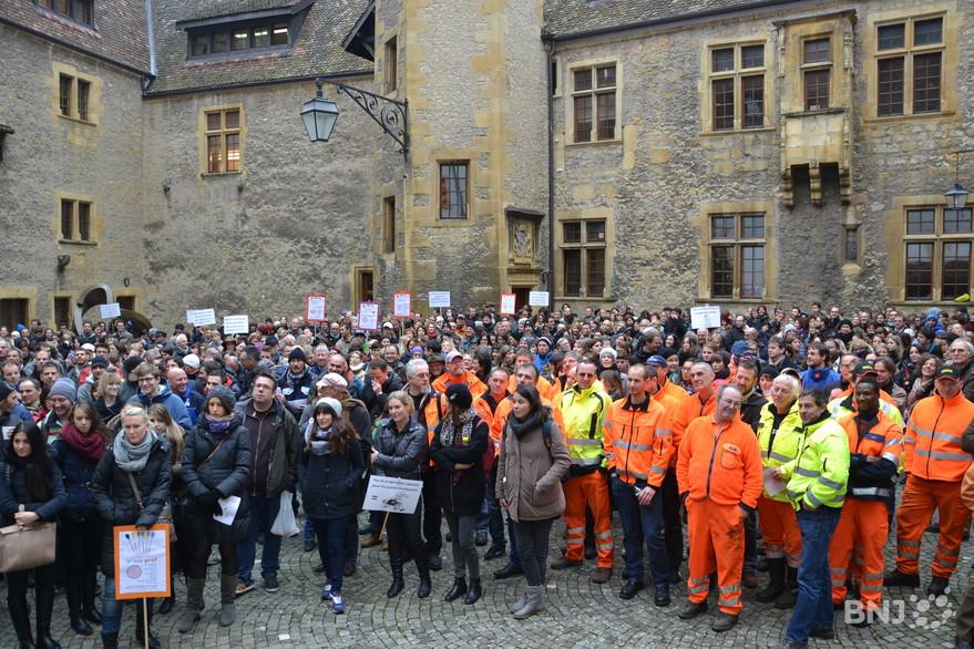 Salaires de la fonction publique les fronts restent - Grille des salaires de la fonction publique ...